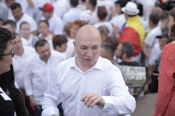Imaginea articolului Codrin Ştefănescu îşi depune candidatura pentru secretar general PSD: Am fost alături de partid