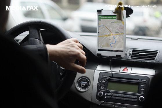 Imaginea articolului Guvernul va adopta OUG privind reglementarea platformelor de ridesharing Uber, Clever şi Bolt