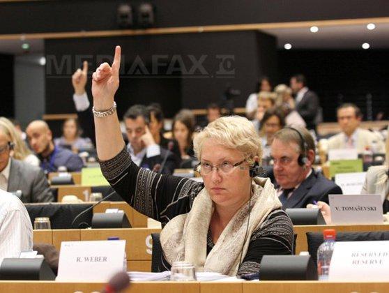 Imaginea articolului Renate Weber a fost validată în Parlament pentru a candida la funcţia de Avocat al Poporului