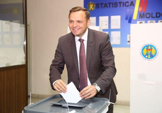 Imaginea articolului Iohannis a anunţat că vicepremierul Republicii Moldova Andrei Năstase vine în iulie la Bucureşti