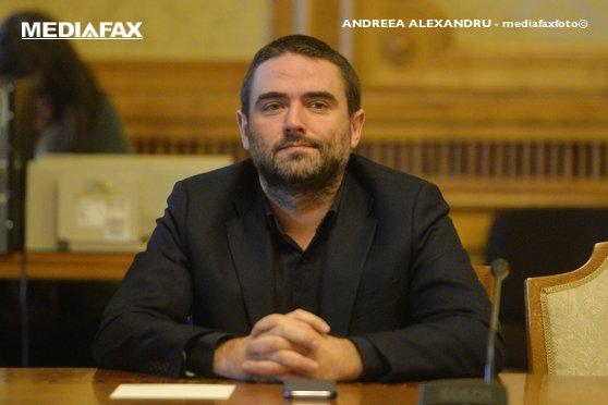 Imaginea articolului Pleşoianu: Voi candida independent la prezidenţiale. Invit partidele să mergem împreună pe acest drum