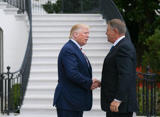 Imaginea articolului Iohannis, despre întâlnirea cu Trump: Suntem uniţi ca prieteni pentru avansarea parteneriatului strategic