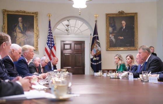 Imaginea articolului Ecourile vizitei lui Iohannis la Casa Albă. Busoi(PNL), despre superlativele lui Trump privind relaţiile dintre România şi SUA