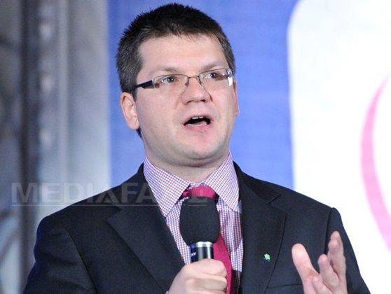 Imaginea articolului Mihail Neamţu anunţă că se retrage din cursa internă a PMP pentru prezidenţiale în favoarea lui Theodor Paleologu
