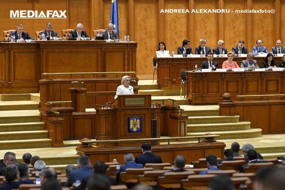 Imaginea articolului Tăriceanu o acuză pe Dăncilă că încearcă să restructureze ALDE: N-are cum să evite votul în Parlament/ Şedinţă la ALDE pentru formalizarea EXCLUDERII din partid a celor propuşi miniştri