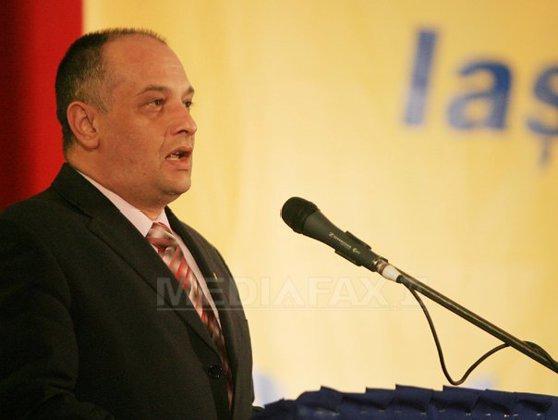 Imaginea articolului Băişanu va ataca decizia excluderii din ALDE în instanţă: Vom cere Congres. Oamenii din jurul lui Tăriceanu au dus partidul în gard