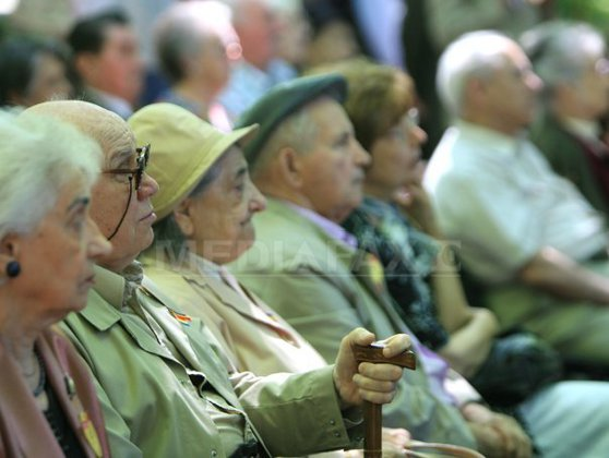 Imaginea articolului Proiect: Asociaţiile de pensionari pot dobândi gratuit bunuri de la administraţia locală