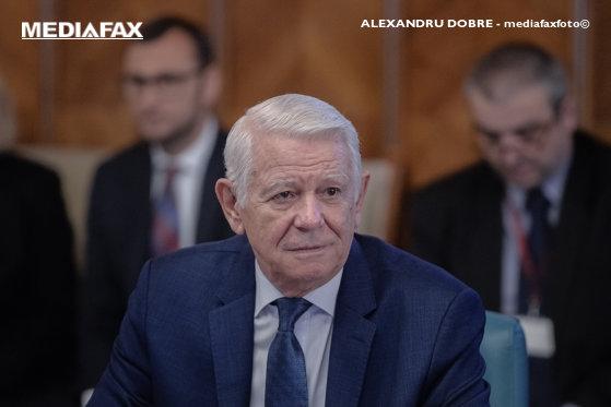 Imaginea articolului Teodor Meleşcanu: Nu trebuie să mă gândesc prea mult, o voi vota pe Viorica Dăncilă la prezidenţiale