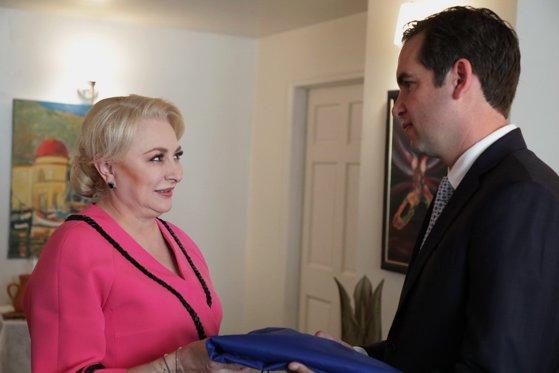Imaginea articolului Viorica Dăncilă, întâlnire cu Steven Fulop, primarul oraşului Jersey City/ FOTO