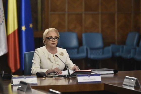 Imaginea articolului PNL îi cere lui Dăncilă să nu mai facă propunere de comisar UE fără să se consulte cu Iohannis şi cu Parlamentul