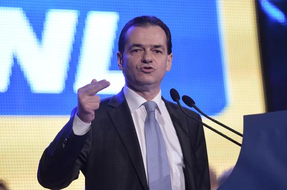 Imaginea articolului Orban: Voi prezenta o listă a Cabinetului numai după o decizie în PNL şi discuţiile cu alte partide