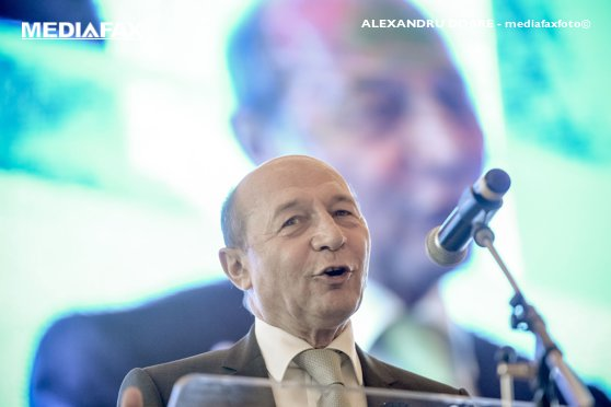 Imaginea articolului Băsescu: Dacă Dăncilă dă semnalul că a fost înfrântă, nu numai ea, tot PSD va obţine 8-9%/ Problema pe care o are Iohannis acum este să îi treacă Guvernul