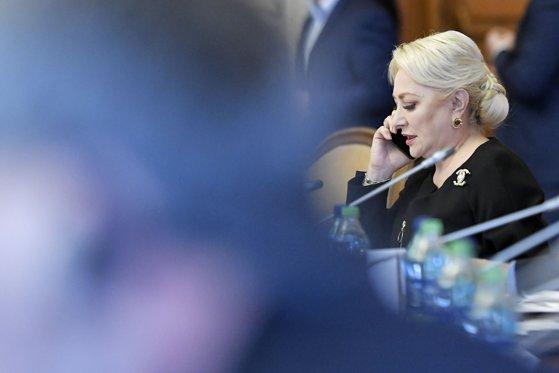 Răspunsul Vioricăi Dăncilă când a fost întrebată ce relaţie va avea, dacă va ajunge preşedinte, cu serviciile de informaţii