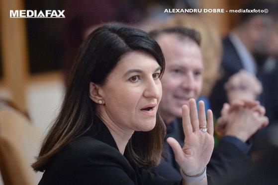 """Imaginea articolului Violeta Alexandru, al treilea ministru propus în Guvernul Orban, avizat negativ. Reacţia lui Orban: """"Revoltător"""""""