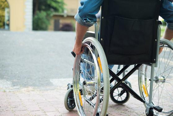 Imaginea articolului Proiect: Companiile care nu angajează persoane cu handicap, obligate să plătească la stat