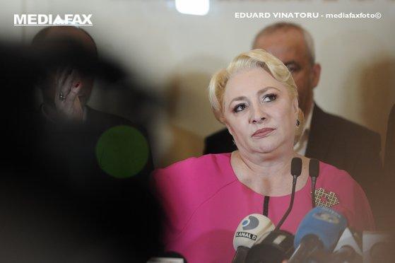 Imaginea articolului Dăncilă îşi apără deplasarea cu elicopterul la Iaşi. Fosta şefă a PSD acuză alţi lideri ai partidului care au folosit bani publici