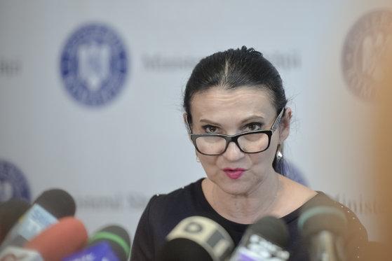 Imaginea articolului Avocaţii Sorinei Pintea: Este victima unei înscenări şi a unor jocuri politice murdare