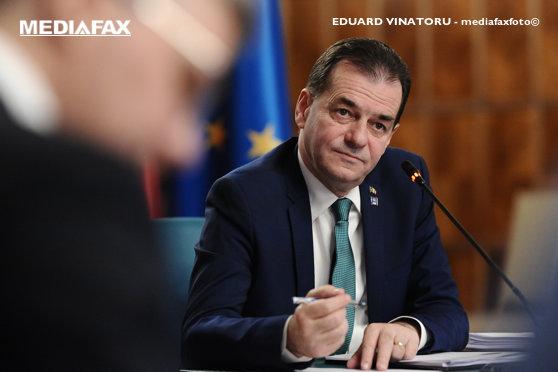 Orban anunţă că şi angajaţii de la stat vor intra în şomaj tehnic: Măsura este gândită şi urmează să fie implementată