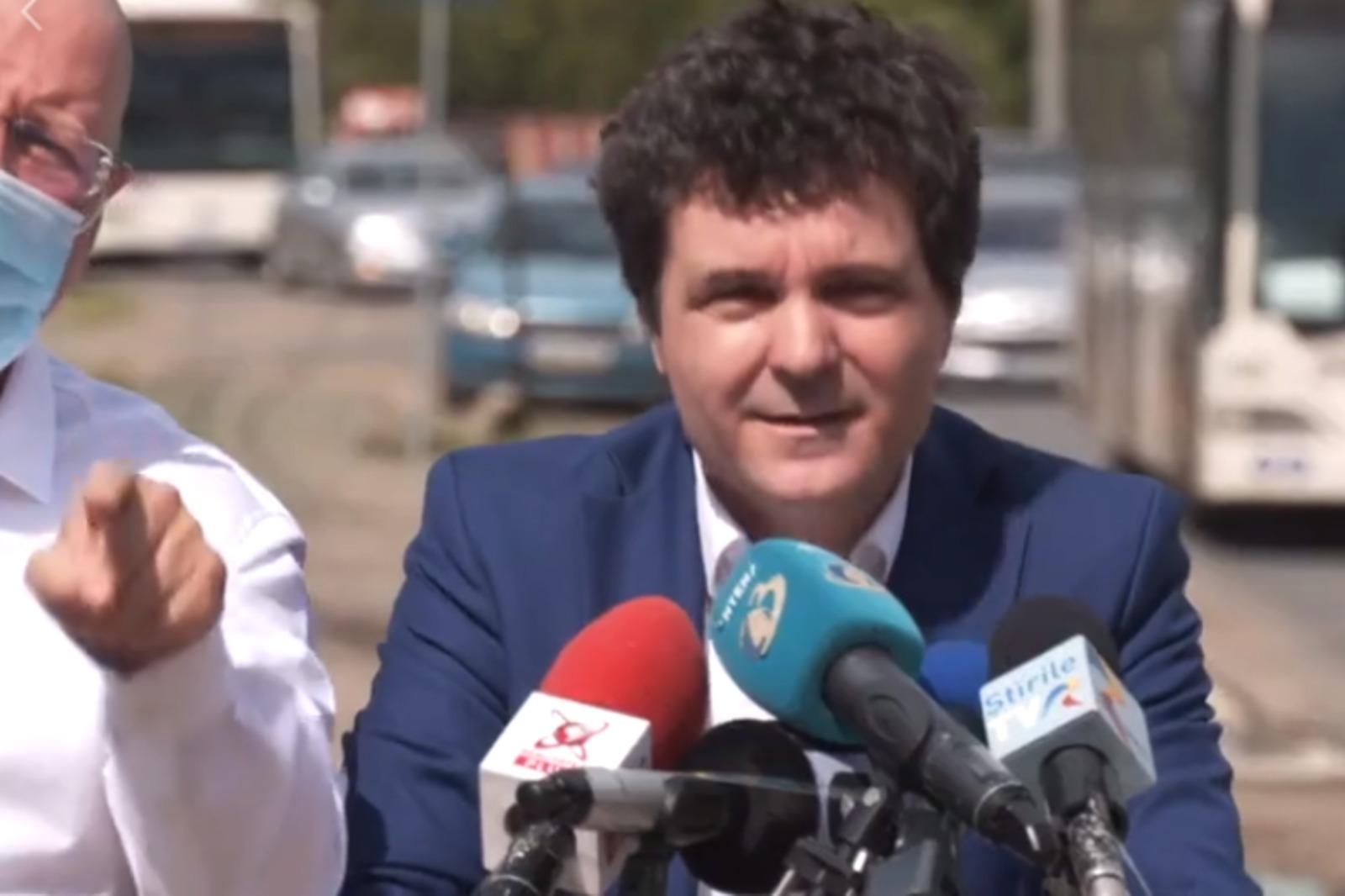Scandalul dintre Nicuşor Dan şi viceprimarul PSD al Capitalei ia amploare.  Orban: Firea l-a trimis pe Bădulescu la conferinţă