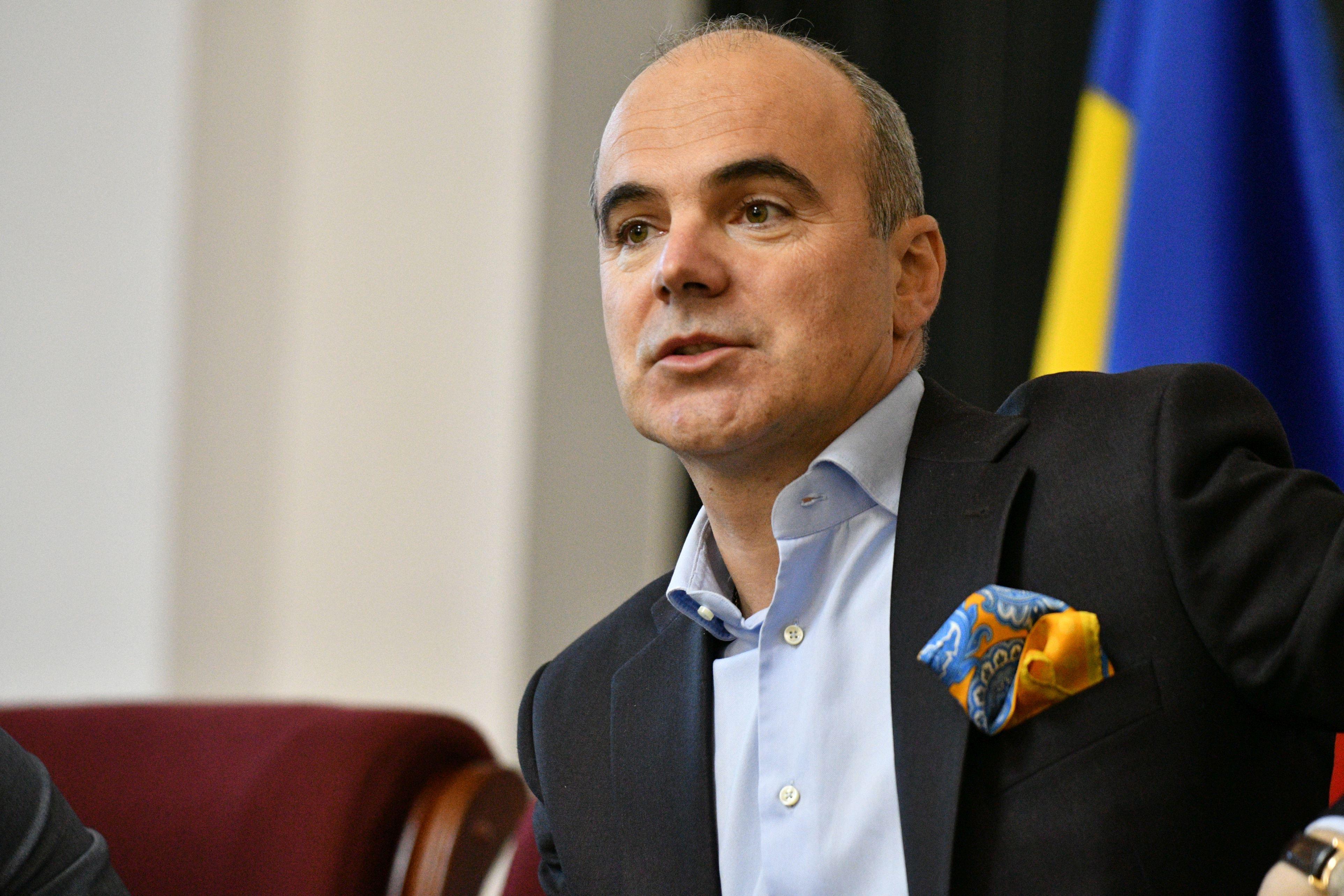 Rareş Bogdan nu exclude să candideze pentru preşedinţia PNL