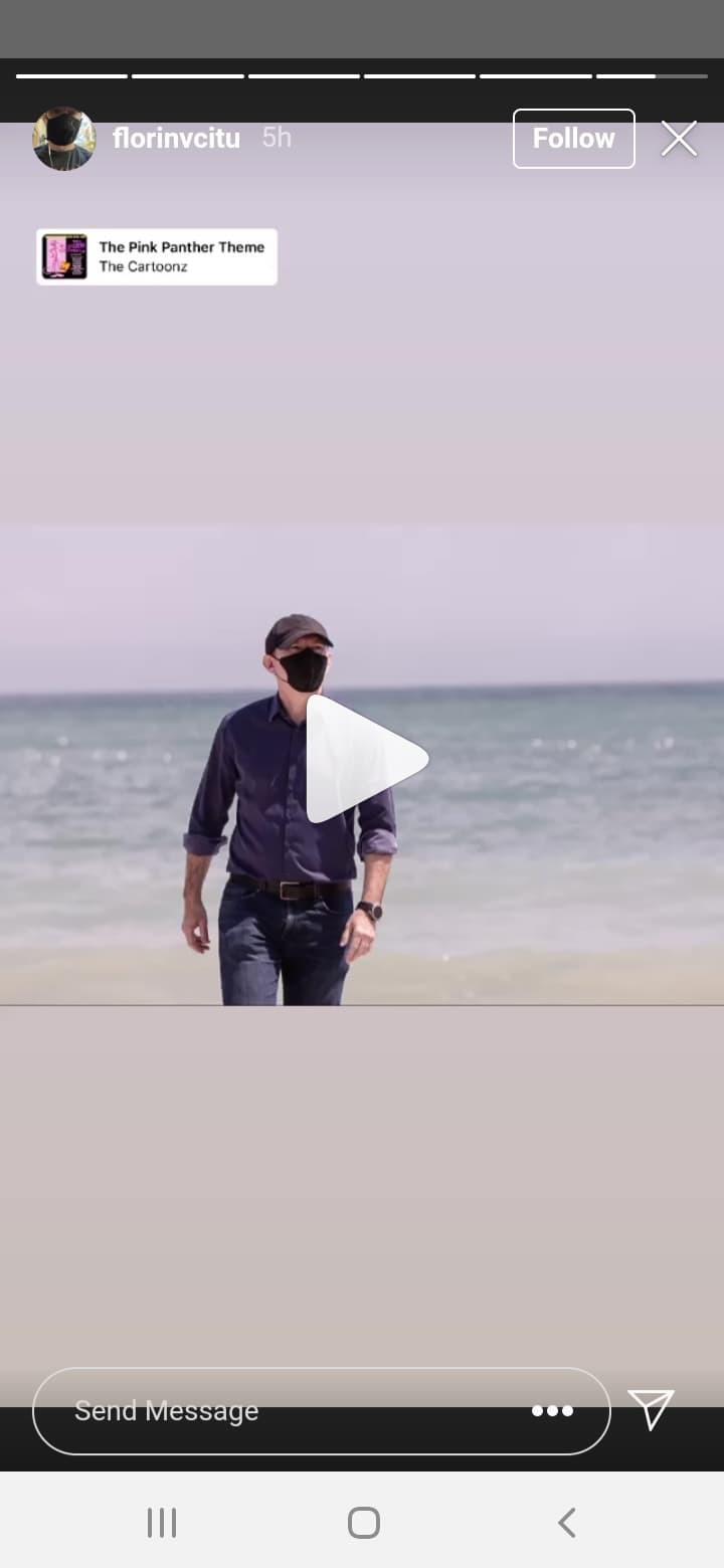Premierul Florin Cîţu a fotografiat pescăruşi la malul mării, apoi şi-a pus melodia din Pantera Roz pe(...)