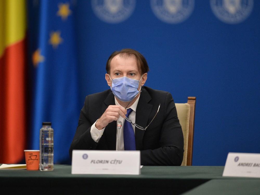 Avertismentul premierului Cîţu: Dacă se opreşte vaccinarea, ne întoarcem la restricţii