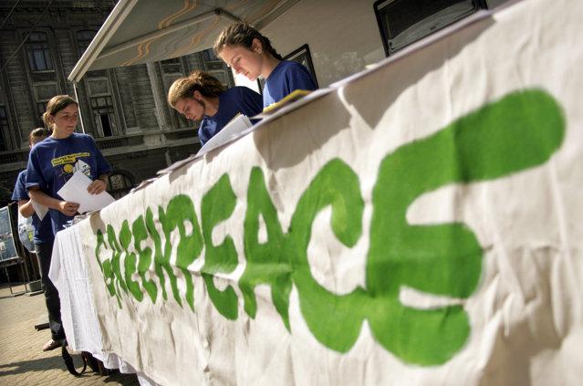 Greenpeace România: Tanczos Barna pregăteşte asaltul final pentru legalizarea vănătorii la trofeu|EpicNews