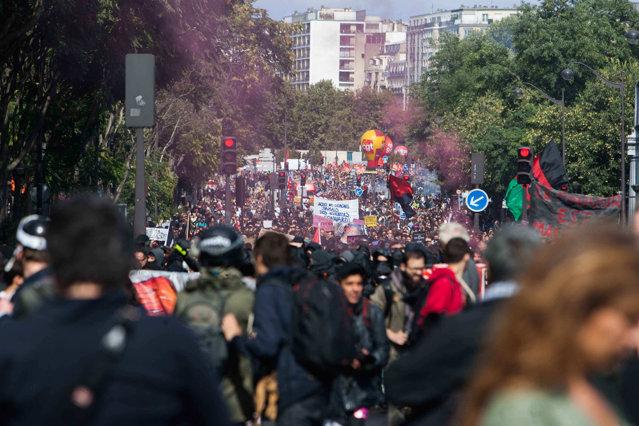 Proteste în Europa. Oamenii sunt tot mai nemulţumiţi de introducerea Green Pass-ului|EpicNews