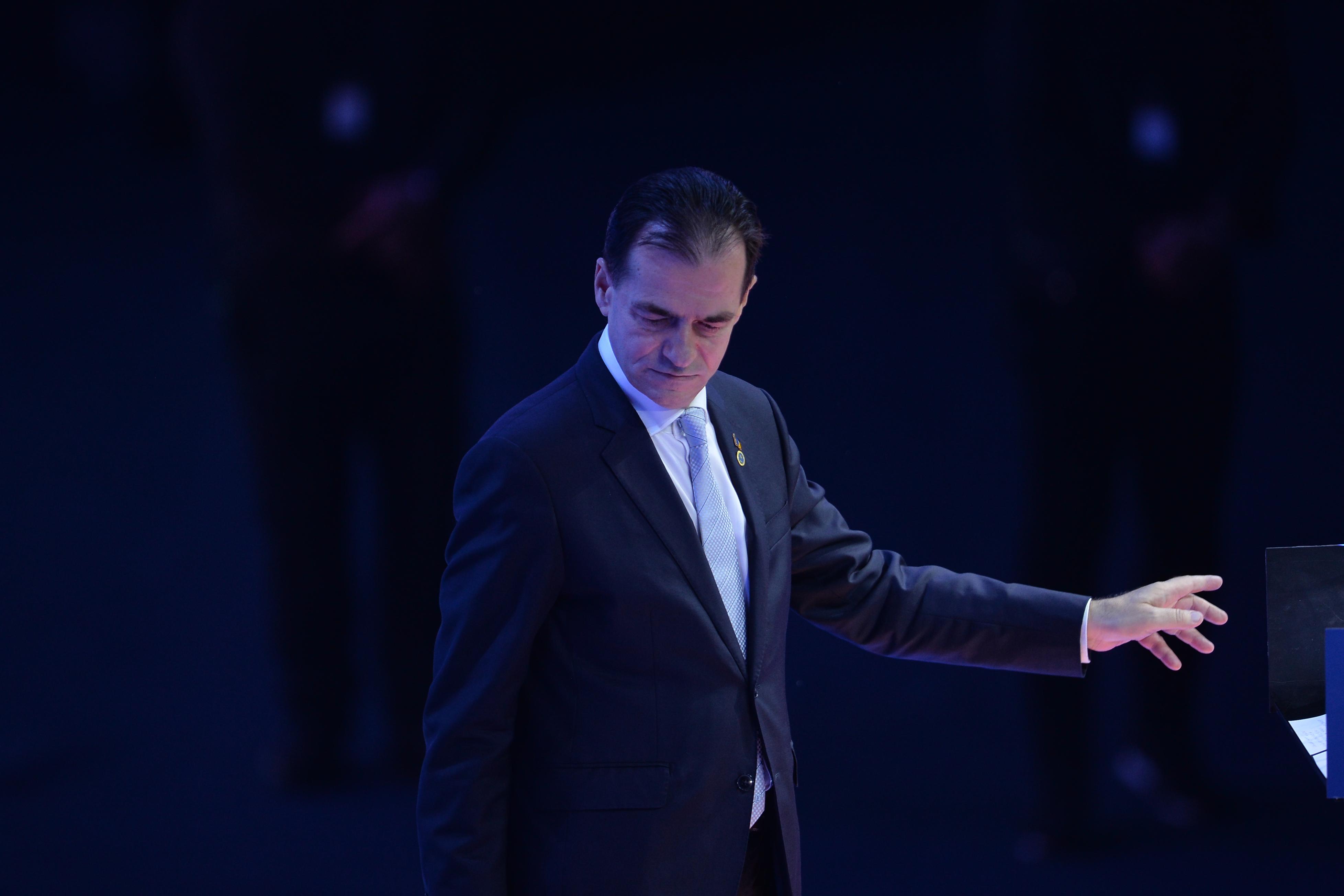 Orban: Cu ochii în lacrimi pentru cei care vor fi aleşi în conducerea rămăşiţelor PNL