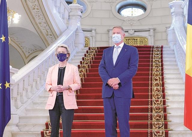 PNRR pentru România, de 30 de miliarde de euro a fost aprobat. Ursula von der Leyen, şefa Comisiei Europene, la Bucureşti: Planul României ne va ajuta să îndeplinim obiectivele la nivel european|EpicNews