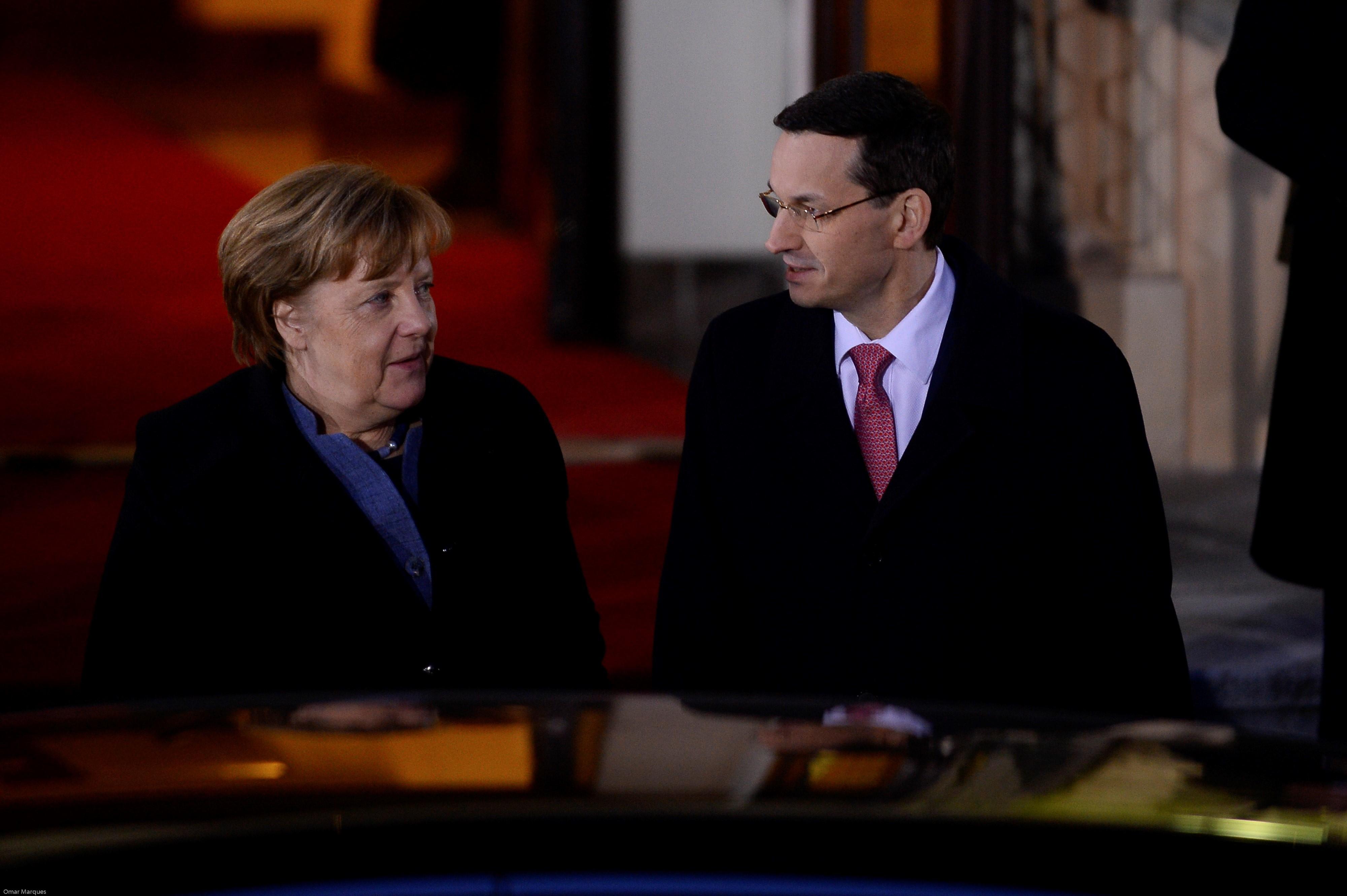 """Declaraţie surprinzătoare dată de Merkel în conflictul dintre UE şi Polonia. """"Neînţelegerile politice nu se pot rezolva(...)"""