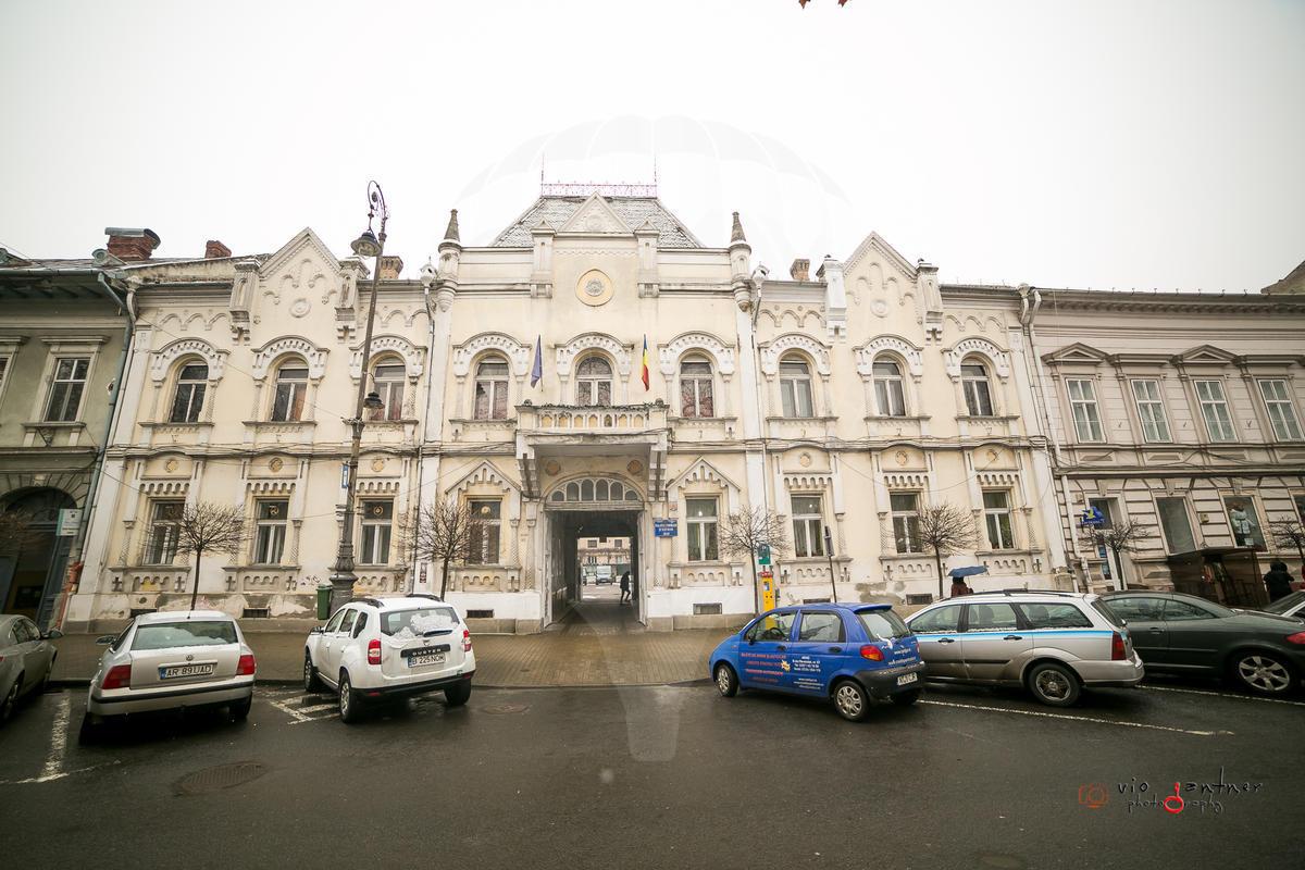 Foto Palatul Copiilor Din Arad Este Scos La Vȃnzare Pentru 2 5