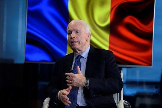 Imaginea articolului MAE transmite condoleanţe familiei senatorului John McCain: A fost un prieten constant al României