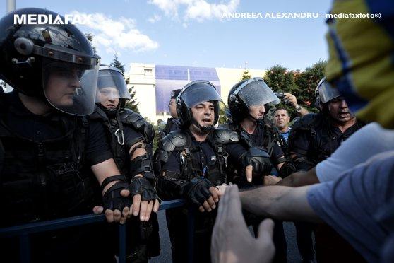Imaginea articolului Ministrul de Interne anunţă ce s-a întâmplat cu ancheta internă de la nivelul Jandarmeriei: A fost suspendată când Parchetul a deschis dosar