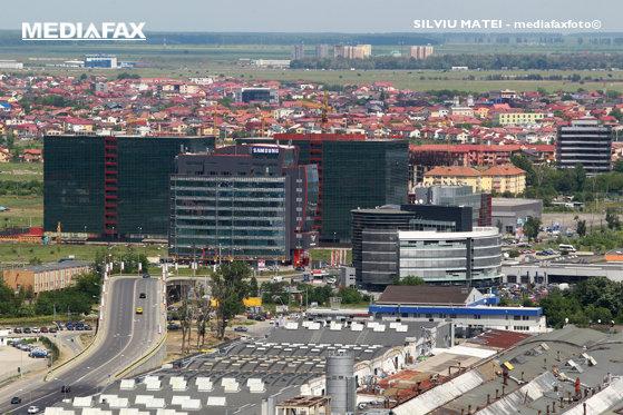 Imaginea articolului BLOCAT în Bucureşti. Mai mult de jumătate dintre angajaţii din clădirile de birouri petrec zilnic între 30 şi 60 de minute pe drum