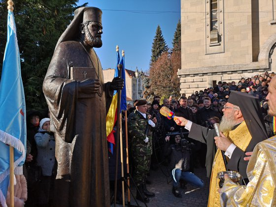 Imaginea articolului Trei statui de 270.000 de euro, dezvelite la Cluj de Centenar | GALERIE FOTO