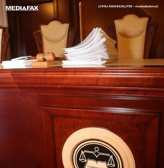 Imaginea articolului CCR se pronunţă pe sesizarea privind existenţa unui conflict între Parlament şi Ministerul Public
