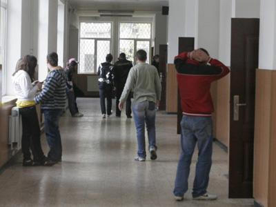 Imaginea articolului BREAKING: Tavan prăbuşit peste elevi, la un liceu din Buzău