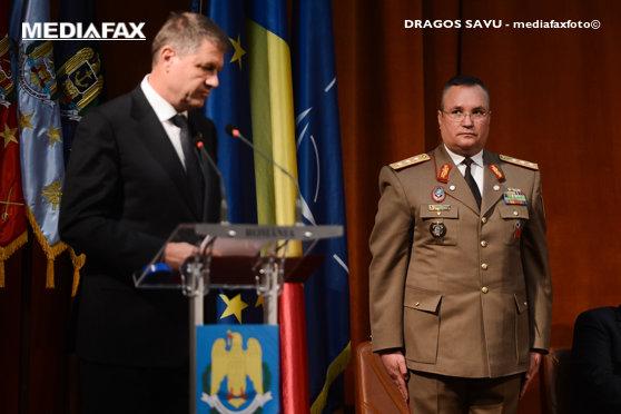 Imaginea articolului MApN a trimis Preşedinţiei o plângere prelabilă în care se cere ANULAREA decretului de prelungire a mandatului şefului Statului Major pentru Nicolae Ciucă