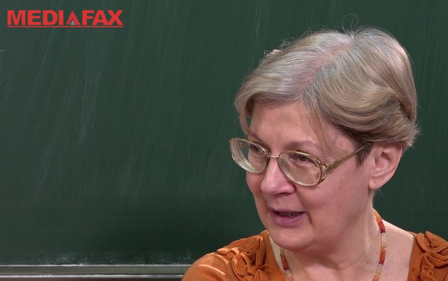 INTERVIU   Florina Rogalski, profesoară cu 40 de ani de carieră: Informaţia pe care o vezi, nu o deţii. Fără reţea, ea a pierit