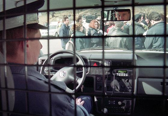 Imaginea articolului Şase cetăţeni moldoveni, care munceau ilegal în Sibiu, au fost returnaţi sub escortă de poliţiştii de la Imigrări