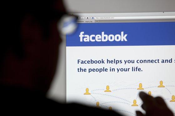 """Imaginea articolului """"Scrisorile nigeriene"""", acum pe Facebook. Un bărbat din Petroşani a trimis 18.000 euro unei """"femei"""" care i-a promis că se mărită cu el"""