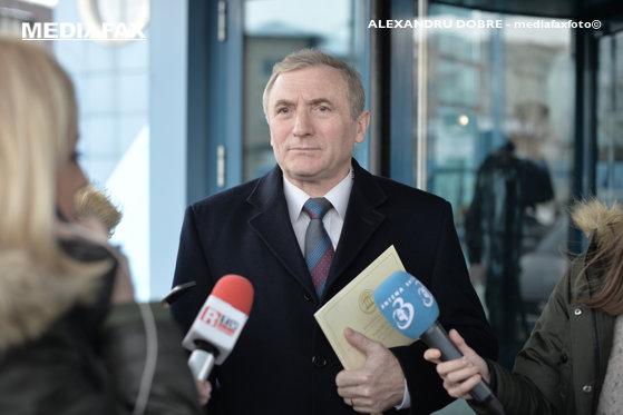 Imaginea articolului Procurorul general, acuzat de încă un fost deţinut politic: Mi-a dat izolare timp de 10 zile pentru o poezie