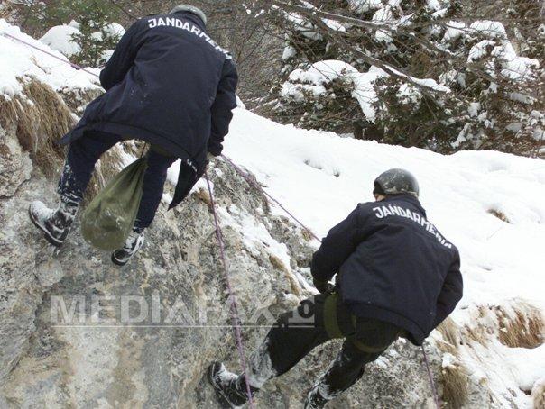 Turistul dispărut după ce a căzut în Cascada Putna a fost găsit mort