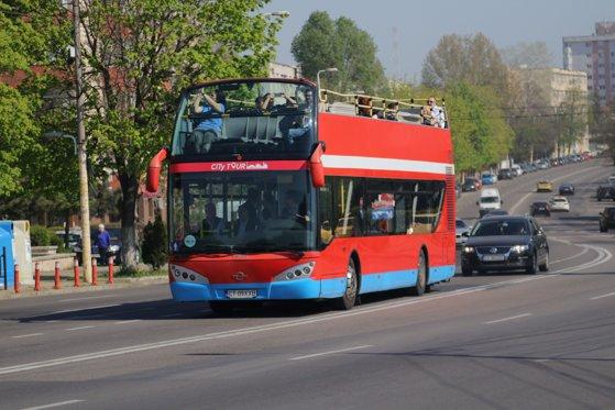 Imaginea articolului Minivacanţa de Paşti 2019 şi 1 Mai la mare. Autobuzele turistice funcţionează pentru turişti