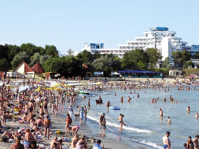 Start bun pentru sezonul estival: 70% din locurile de cazare pentru această vară au fost vândute