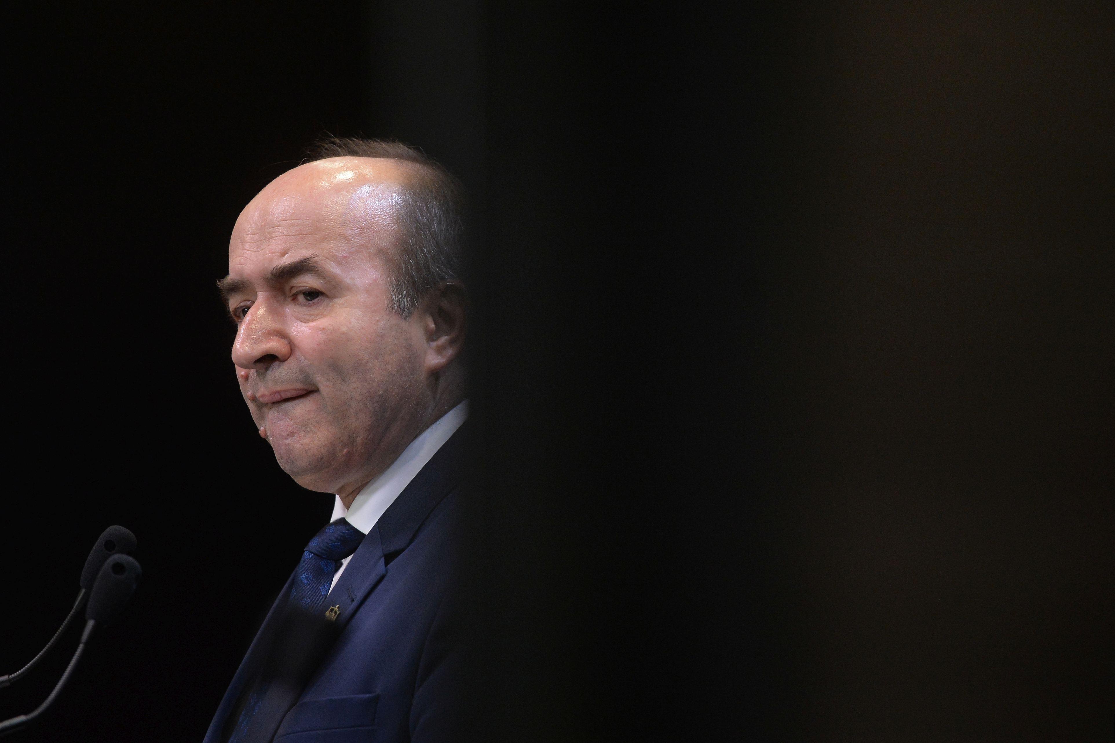 Fostul ministru al Justiţiei, Tudorel Toader, anunţă dezvăluiri: Epopeea neavizării OUG pentru modificarea codurilor penale