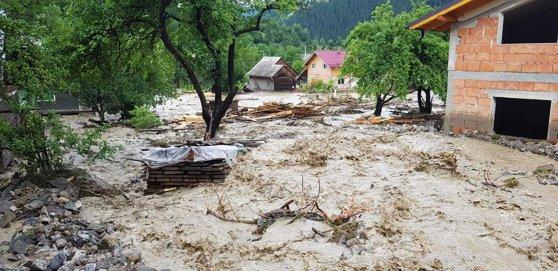 Imaginea articolului VIITURI în judeţul Bistriţa-Năsăud: Mai multe persoane, evacuate în ultimele ore