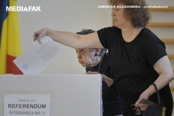 Imaginea articolului BEC admite că a fost comisă o eroare la referendum. Cum explică instituţia numărul diferit de alegători de la cele două întrebări | DOCUMENT OFICIAL