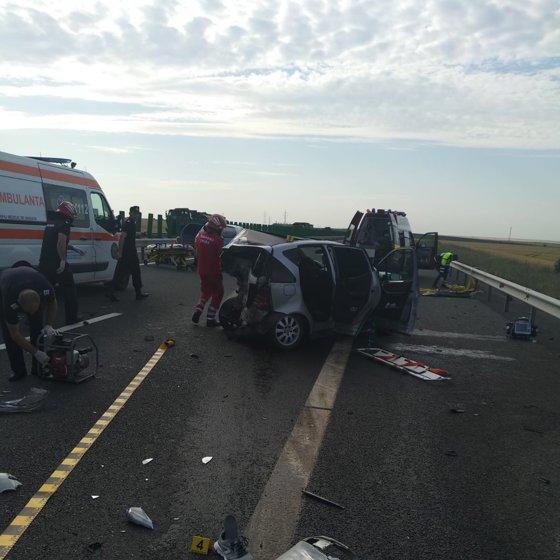 Imaginea articolului Accident pe Autostrada Soarelui: Un mort şi şase răniţi în urma impactului dintre două maşini/ Traficul a fost reluat după aproape o oră şi jumătate